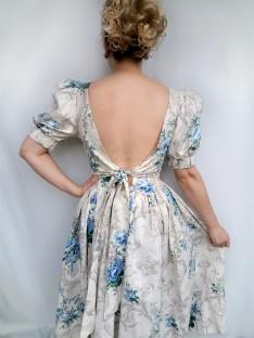 Backdress